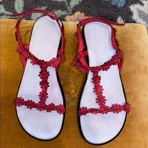 Jambu Shoes - Red Flowered Sandals Size 8M